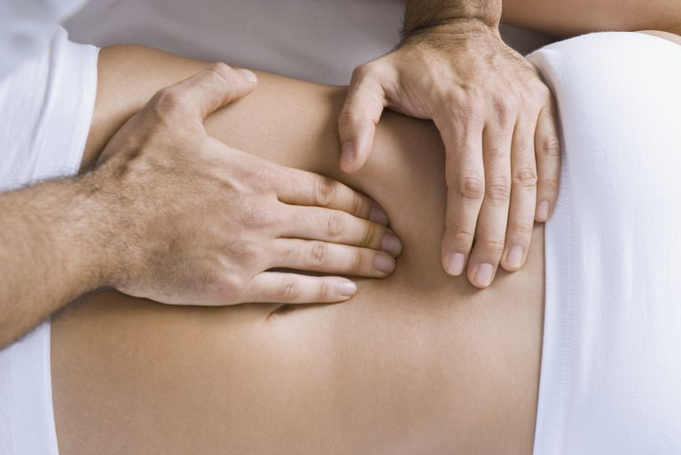 Treat Abdominal Pain With Chiropractic